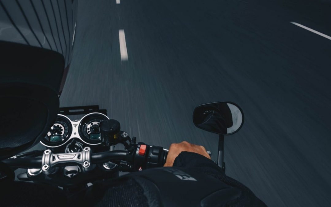 ¡Protégete y ti y a tu moto!